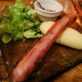 自家製!黒毛和牛のソーセージ(イタリアン肉バル デル・ソーレ 道頓堀)