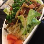 きのことベーコンの温製サラダ(旬味旬菜 大和)