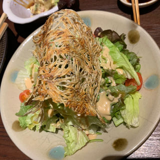 たたみいわしの野菜サラダ(博多ほてい屋祇園店)