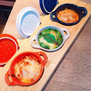 3種のココットグラタン(dammi 神戸三宮店 (ダンミ))