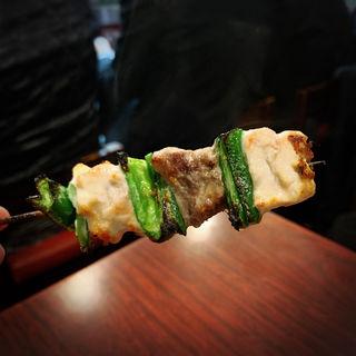 ピーマン肉(野毛末広 (すえひろ))
