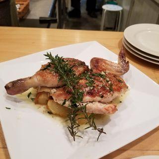 若鶏のグリルサルヒリオソース(クッチーナ イタリアーナ カーサ)