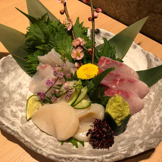 鮮魚のお造り3種盛り合わせ