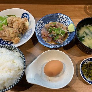 ゴマサバ&唐揚げ定食(やま利)
