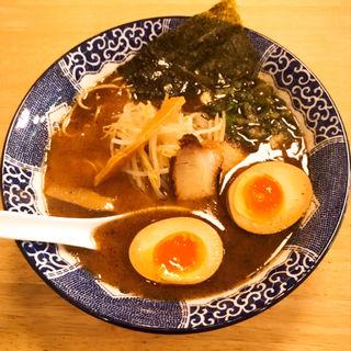 とりとんこつラーメン(大盛り)+半熟玉子(トッピング)