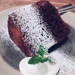 ダブルチョコレートケーキ