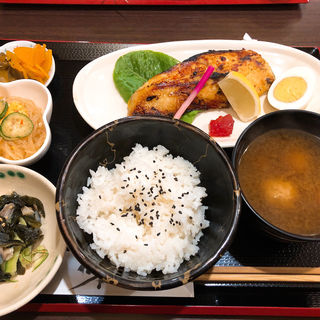さわらの西京焼き(食堂 かあちゃんち )