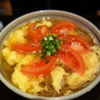 あったかトマトの玉子とじ蕎麦(蕎麦Cafe nino(そばカフェ・ニノ))