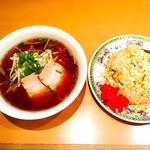 サービスセット(中華そばと炒飯)(桃園 )