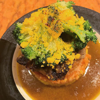 ビーフカレー+チェダー・ブロッコリー(curry and rice幸正)
