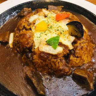 牛タン焼きカレー(キッチンシュシュ アスティ45店  )