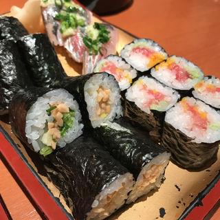 納豆巻き、トロたく、アジ握り(英鮨 上野店 )