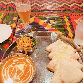 チーズナンカレーセット(タンドリーディライト (Tandoori delights))