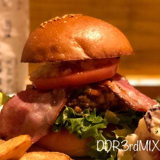 BLTバーガー(バーガーカフェ&レストラン シュビドゥバー)
