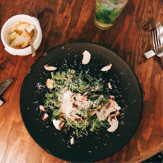 春菊サラダ(CHICAMA CAFE (チカマ カフェ))