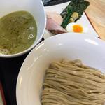 赤鶏と広島かきの白湯つけ麺