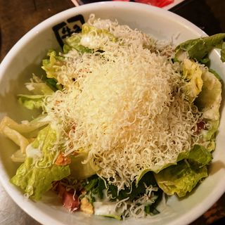 温玉とベーコンのシーザーサラダ(ハーフ)(牛角 つるみ西口店 (ギュウカク))