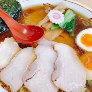 しょうが焼豚ワンタン麺 味玉入り(とら食堂 松戸分店 )
