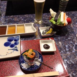 前菜 ローストビーフ雲丹のせ  付け合せ バーニャカウダ(串揚げ ばらんざっく )