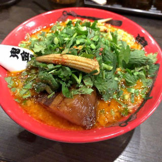 パクチーカラシビ味噌らー麺