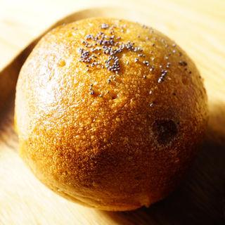 クリームチーズあんぱん(まるみベーグル)