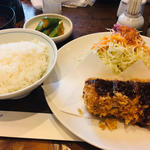 ロースカツ定食(丸五 (まるご))