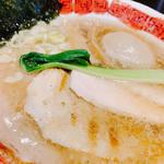 龍ひげらぁめん(醤油、エビ油)