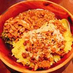 ケニックカレー×台湾魯肉飯
