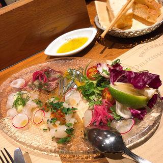 鮮魚のカルパッチョ デコポンとおいしい無農薬サラダ添え