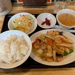日替定食(エビと白菜のオイスターソース炒め)