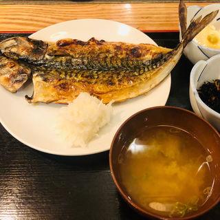 鯖の開き定食