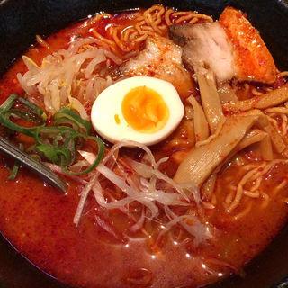 烈辛麺(ドラゴンカルビ (Dragon Kalbi))