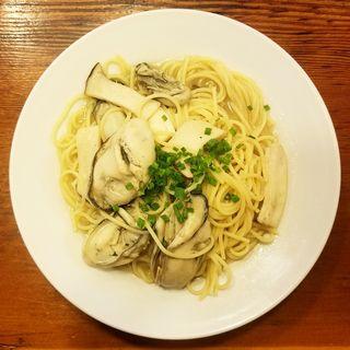 牡蠣とエリンギ入りスパゲッティ