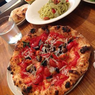 ピザ(クオーレルディーノ (Pizzeria CUORERUDINO))