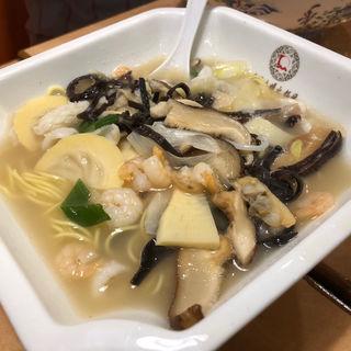 海鮮麺(大明担担麺 箱崎店)