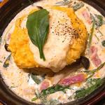 とろけるモッツァレラチーズ&ほうれん草ミートのオムライスドリア(卵と私 なんばウォーク店 )