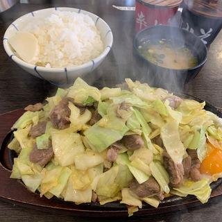 肉2倍盛りランチタイムご飯味噌汁付き(鉄男(アイアンマン))
