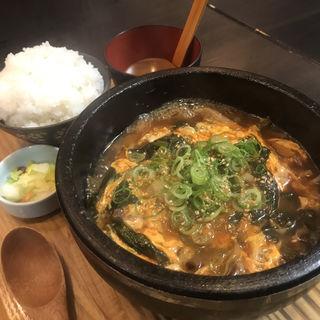 カルビスープ(浪花焼肉 肉タレ屋)