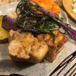 フレッシュケールサラダ × 厚切り豚のグリル真空低温調理