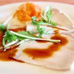 豚肉の冷製ロースト ピリ辛醤油