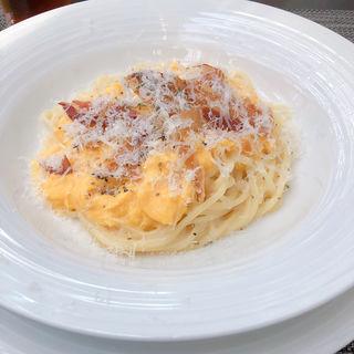 とろとろスクランブルエッグのクリームソーススパゲティ(アマデウス )