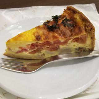 トマトとチキンのキッシュ(メゾン・カイザー・ショップ 西武池袋店 (MAISON KAYSER SHOP))