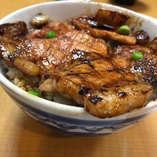 豚丼 竹(ぱんちょう)