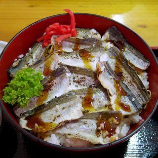 トギナシはたはた焼きハタハタ丼(海陽 )