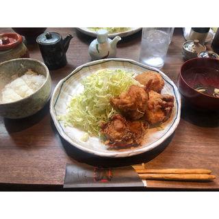 竜田揚げ定食(串焼き狄)