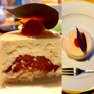 イチゴとクリームチーズのセミフレッド(GELATO NATURALE(ジェラート ナトゥラーレ))