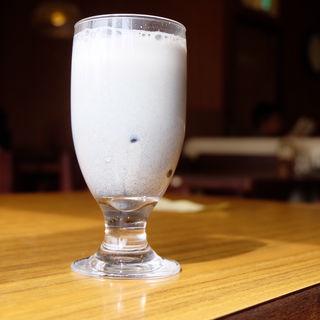 黒ごま豆乳(コンパル 御器所店 )