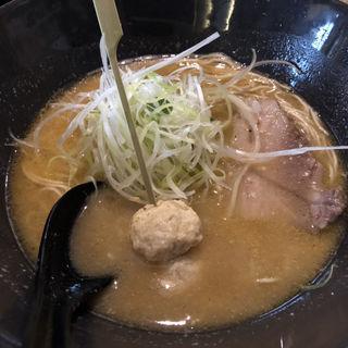 赤味噌ラーメン(みつか坊主)