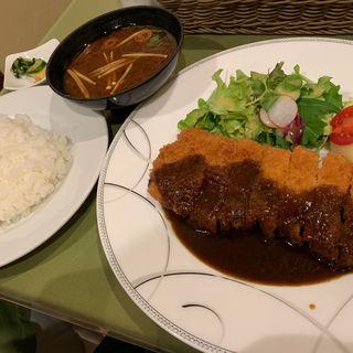 とんかつ(白金豚)定食(フジヤ (Fujiya))