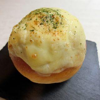 焼きチーズカレーパン(ジャン・フランソワ 東京ミッドタウン日比谷)